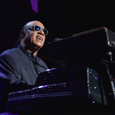 "Recap: Stevie Wonder sings ""Songs in the Key of Life"" at Madison Square Garden"